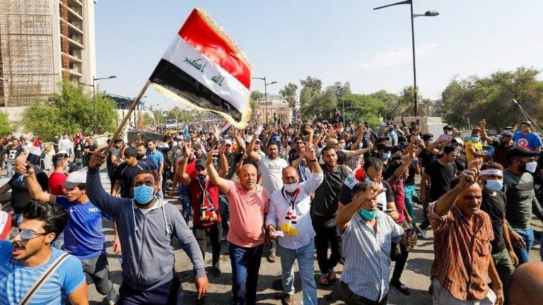 قوات الأمن العراقية تقتل 5 محتجين بالرصاص في العاصمة بغداد
